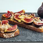 recette Tartine aux figues, noix et pecorino