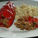 recette Poivrons allongés farcis à la viande hachée-noix de cajou et herbes