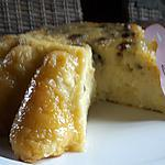 recette Gâteau de semoule à l'orange, raisins et caramel au rhum