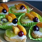 recette Tartelettes/ dacquoise-frangipane /kiwi-griottes et pêches