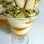 recette Mousse mascarpone et petits suisses aux abricots et fève Tonka