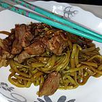 recette Nouilles aux épinards de malabar sauce yakitori au porc