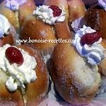 recette pèches briochées a la crème pâtissière la confiture et au sucre cristallisé