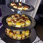 recette Toasts feuilletés au confit d'oignon et lardon fumé & minis croque monsieur