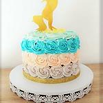 recette Gâteau Licorne sur son arc en ciel