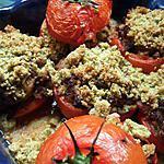 Divines tomates farcies gratinées de crumble aux saveurs de pesto