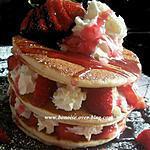 recette pancake au lait de coco fraises et la creme chantilly