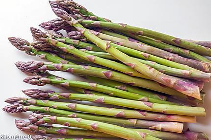 Photo de recette d'asperges vertes facile, rapide, four vapeur de Kilomètre-0, blog de cuisine réalisée à partir de produits locaux et issus de circuits courts