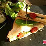 recette Sandwich toasté tomate ,mozza ,pesto, basilic