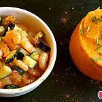 recette Poêlée de crevettes et courgettes au curry servie avec une purée de carottes au cumin
