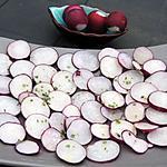 recette Carpaccio de radis violets à l'huile de noix