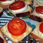 recette Tartine de tomates chèvre et miel