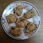 recette Cookies salés pour apéritif aux flocons d'avoine et bacon.  Recette pour 30 cookies.