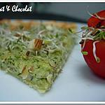 recette ** Fine Tarte feuilletée au Pesto de Courgette parfumé à l' Amande, Basilic et Parmesan**
