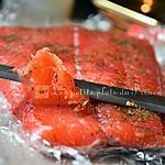 recette Saumon gravlax à la vodka et betterave rouge