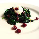 recette Epinards à la menthe, grenade, jeera et crème acidulée