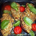 recette Aubergines farcies a l agneau,raisins secs et pignons