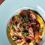 recette Polenta crémeuse au parmesan, champignons sauce vin rouge