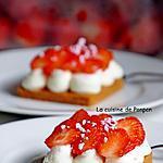 recette Tartelette aux fraises sur chantilly à l'acérola et combava, sans cuisson