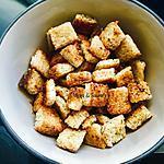 recette Croûtons de pain à l'ail