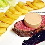 recette Rôti de biche cuit à basse température, mousse de foie gras et confiture de cerise à l'ail noir