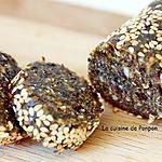 recette Barre aux pruneaux, amandes, noix de cajou et spiruline, sans cuisson, vegan