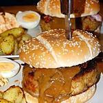 recette Burger de Haché de Poulet au Fromage à la Sauce Cacahuète