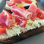 recette Tartine de Boursin serrano et tomates cerise