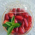 recette SALADE DE FRAISES BÔNOISE A L'EAU DE FLEUR D'ORANGER