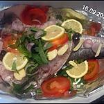 recette Merlu blanc aux aromates et tomate,citron,echalotes.vin blanc.