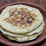 recette KESRA-RAKHSSIS OU GALETTES DE SEMOULE FARCIE BROUSSE MAISON