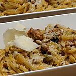 recette Linguines au Pesto Rouge, Dés de Courgette,  Jambon Grillé et Copeaux de Parmesan