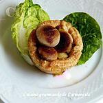 recette Feuilletés au boudin blanc truffé aux pommes et confit d'oignon au balsamique