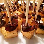 recette Petites brochettes magret séché et poires aux épices