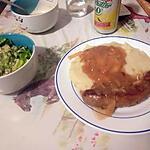 recette Saucisse à rôtir avec sauce à l'oignon