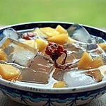 recette L'agar-agar japonais avec pêche fleurs de cerisier marinées