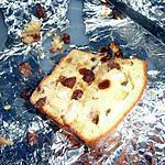 Cake au poulet, raisins secs et mozzarelle