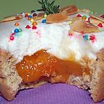 recette Tartelettes à la mousse de fromage blanc miellé sur lit de compote d'abricots au thym