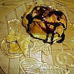 choux maison avec sa sauce chocolat et sa nougatine blonde