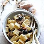 recette Rigatones à l'ail et aux champignons