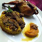Cailles farcies, sur un lit de riz safrané et ses accompagnements