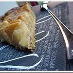 recette ** Tarte aux pommes parfumée à la fève Tonka en coque de céréales et graines **