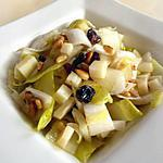 recette Salade d'endives, aux pignons, raisins secs, Ossau-Iraty & miel