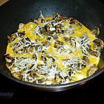 recette omelette au champignon de paris duo (moitié blanc et moitié brun)