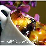 recette Pouding au pain du Nouveau-Brunswick aux bleuets, citron et chocolat blanc avec sauce crémeuse à l'érable