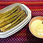 recette Asperges vertes et sa mayonnaise mousseline à la ciboulette.