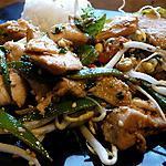 recette Wok de poulet et légumes croquants à la citronnelle et au sésame