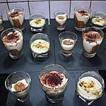 Trilogie de tiramisus: classique, banane-caramel, kiwi-pistaches