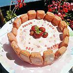 recette Ma charlotte au fraises et mascarpone pour la fetes de nos mamans 'une heureuse et joyeuse fetes à toutes les mamans'