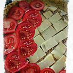 recette tarte au Cantal et tomates